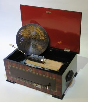 "Disc musical box ""The Britannia"""
